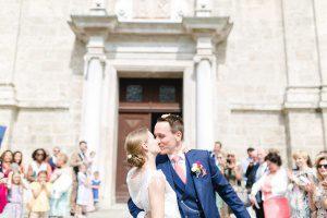 Hochzeit Tegernsee Irina Rott Hochzeitsfotograf Kuss Emotional First Look